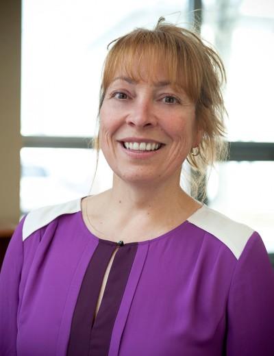 Lise Buteau Directrice générale adjointe  Tel.: 418-827-5256 poste 203 lise.buteau@developpementcdb.com